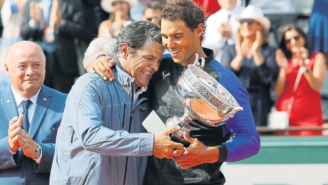 Tin thể thao HOT 14/10: Chú của Nadalgọi tên 2 tay vợt hay nhất trong lịch sử - 1