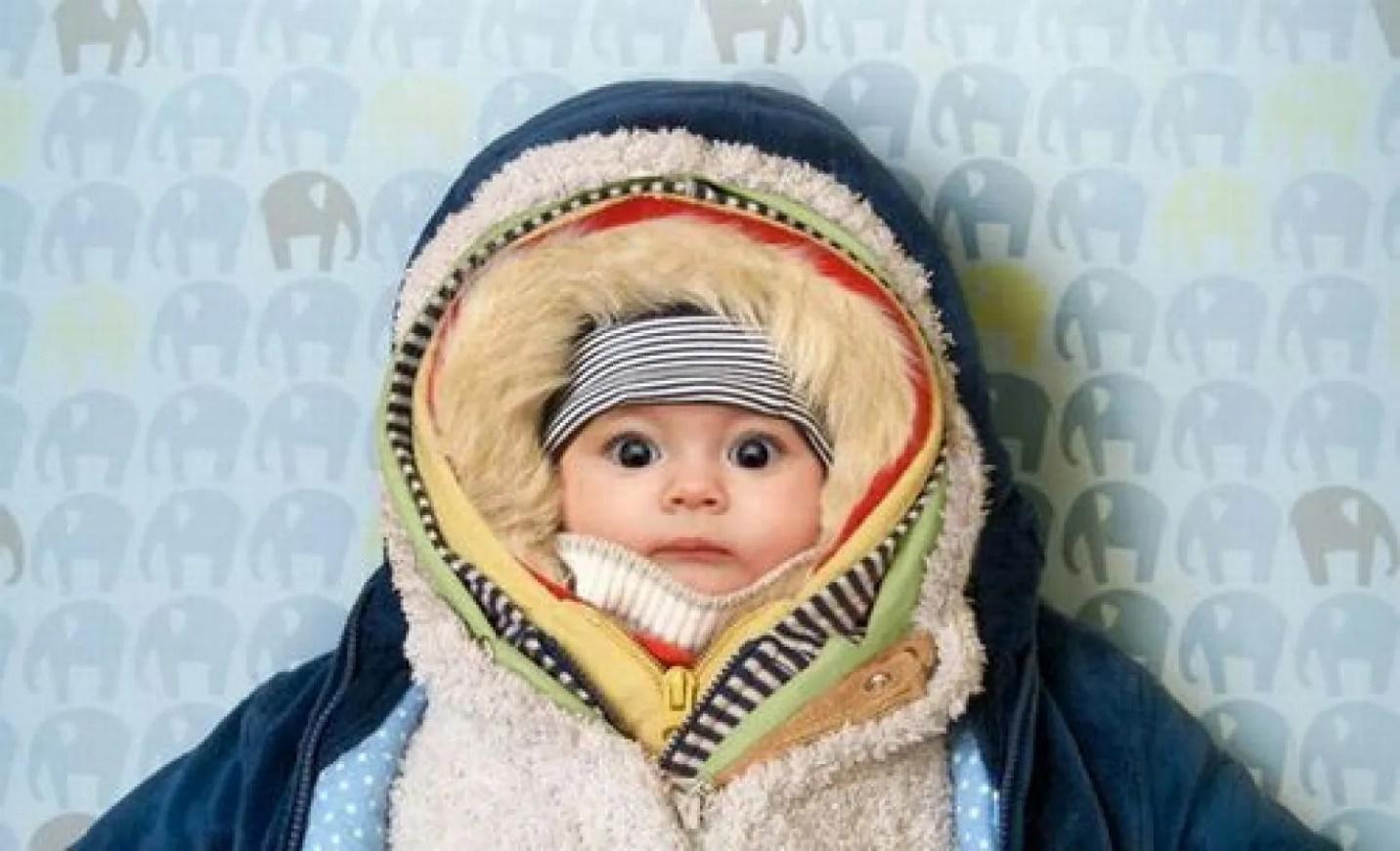 """5 thói quen tưởng chừng vô hại nhưng khiến con """"hở tí là ốm"""" khi giao mùa, trở lạnh - 1"""
