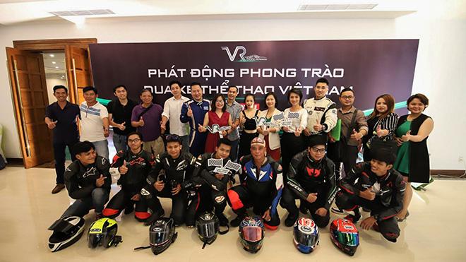 Lần đầu tiên tại Việt Nam có học viện đua xe thể thao chuyên nghiệp - 1