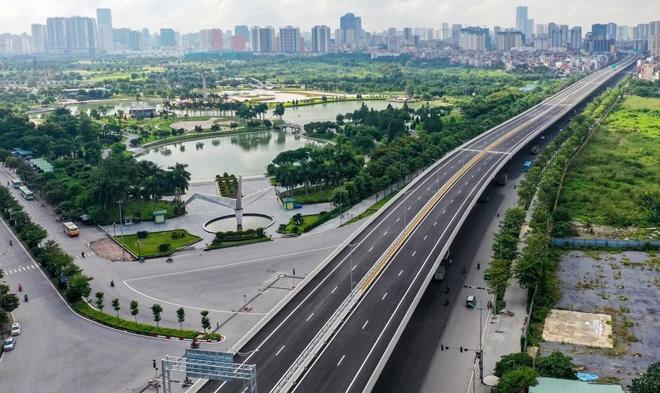 Đường Phạm Văn Đồng chính thức thông xe, BĐS Tây Hồ Tây tăng giá trị không ngừng - 2