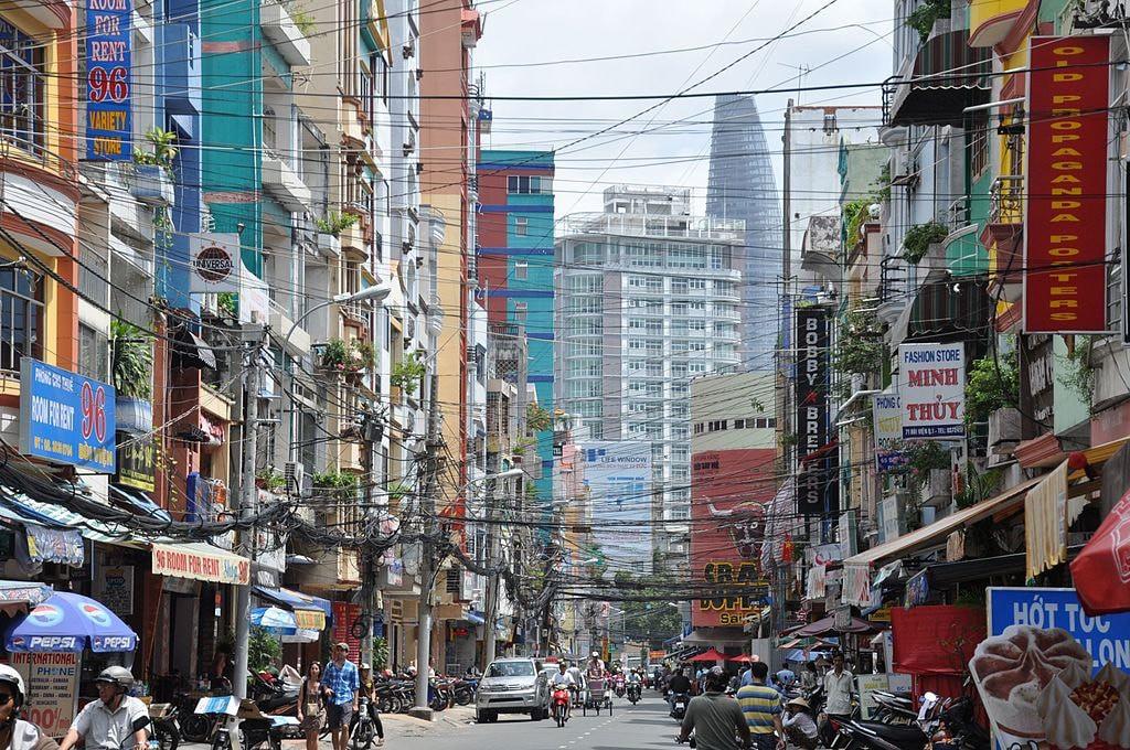 Những địa điểm kỳ lạ nhất Việt Nam trong mắt du khách nước ngoài - 8