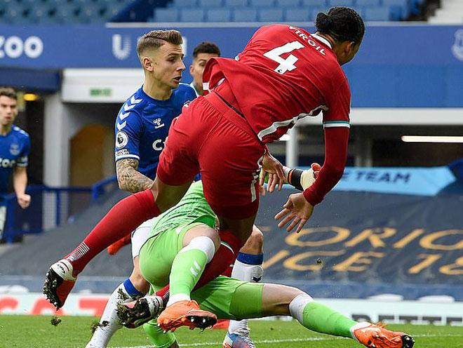 """Pickford khiến Van Dijk nghỉ hết mùa vẫn """"thoát thân"""", bị CĐV Liverpool đe dọa - 1"""