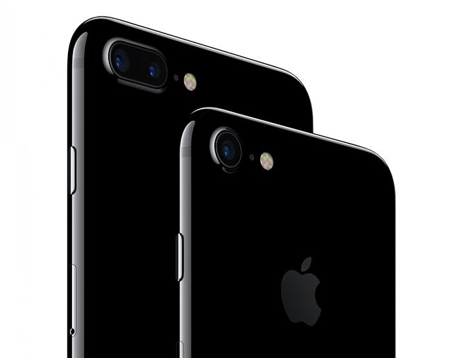 """Nhìn lại chiếc iPhone từng gây """"thương nhớ"""" khi ra mắt - 1"""
