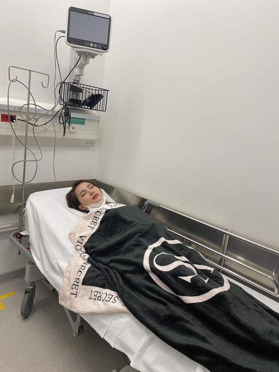 """Hoa hậu vào vai nàng """"Kiều@"""" bất ngờ nhập viện vì sốt cao, co giật - 1"""