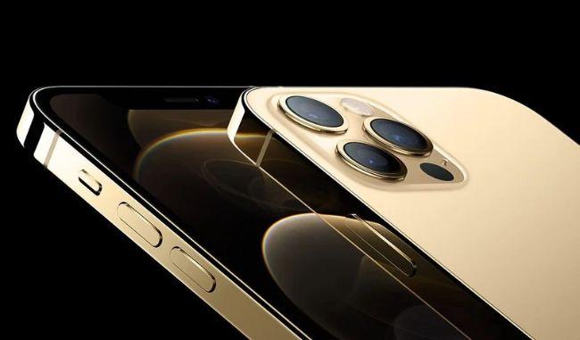 iPhone 12 Pro được bán với giá từ 999 USD tại thị trường quốc tế hoặc khoảng từ27,99 triệu đồng tại thị trường Việt Nam cho bản VN/A.