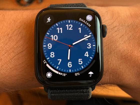 Apple Watch SE gặp lỗi quá nhiệt? - 1