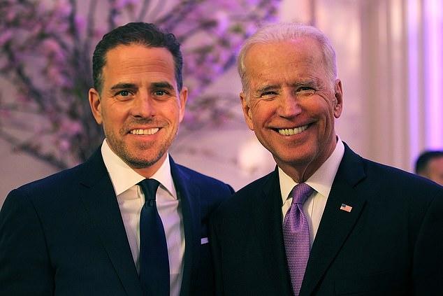 """Chiếc laptop khiến ông Biden và con trai """"mắc vạ"""" sát ngày bầu cử đã vào tay FBI - 1"""