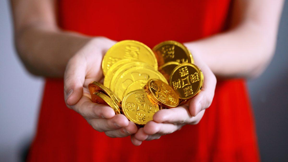 Giá vàng hôm nay 21/10: Tiếp đà tăng khi đồng USD suy yếu - 1
