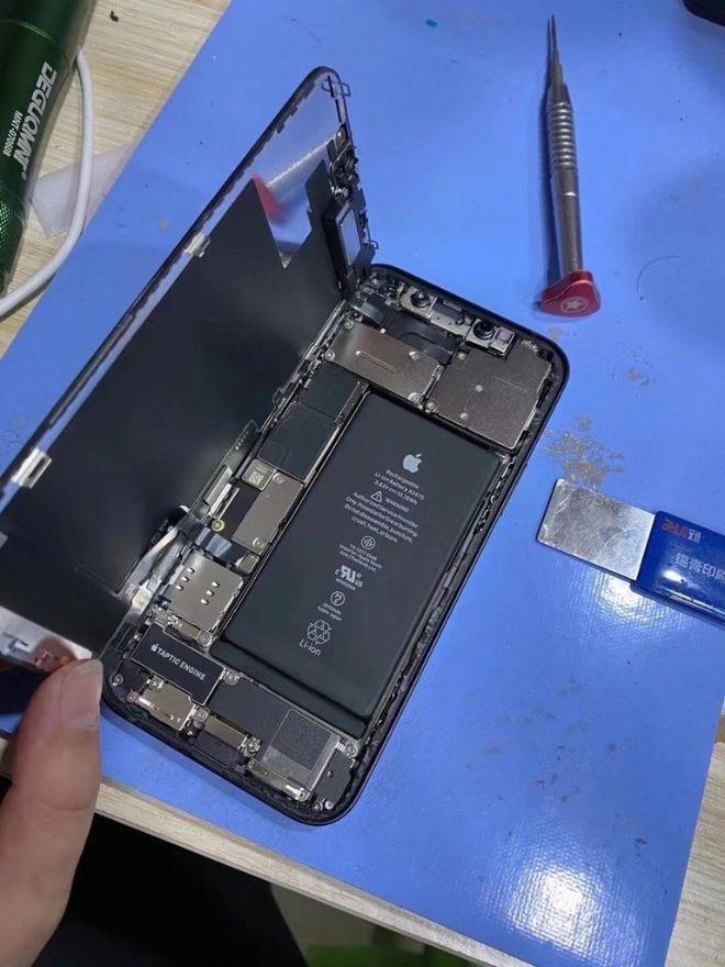 Xuất hiện video tháo dỡ iPhone 12 đầu tiên - 1