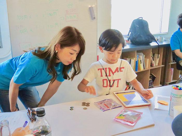 3 nguyên tắc cực kỳ quan trọng cha mẹ cần áp dụng để nuôi dạy một đứa trẻ biết tự lập sớm - 1