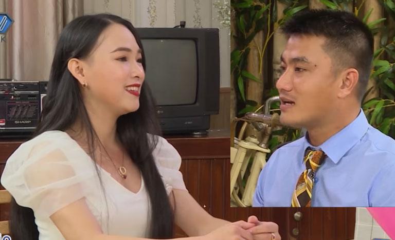 Chàng giám đốc đào hoa lén mẹ đi tìm vợ gặp ngay gái U30 chưa một lần nắm tay - 1