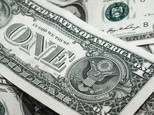 Tỷ giá USD hôm nay 23/10: Số liệu mới từ Mỹ đẩy đồng bạc xanh tăng vọt - 1