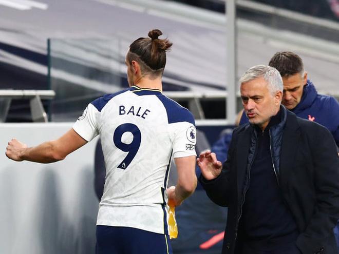 Tin HOT bóng đá sáng 22/10: Mourinho thừa nhận Tottenham bị bất ổn tâm lý - 1