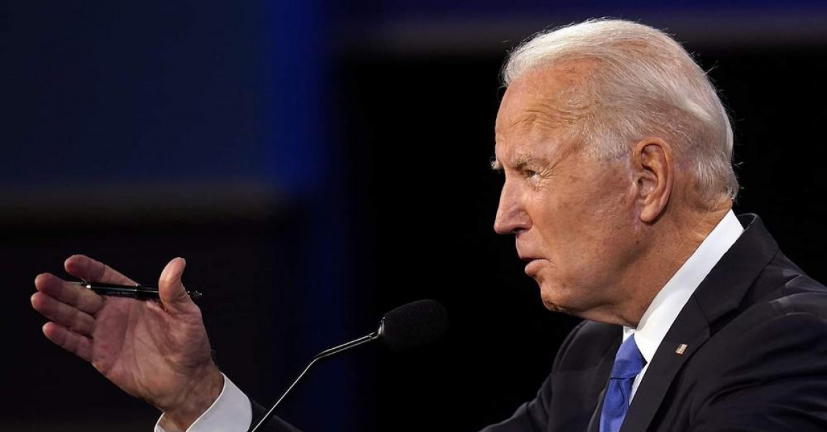 Ứng viên Joe Biden 'mắc bẫy' Tổng thống Trump trong tranh luận vòng hai