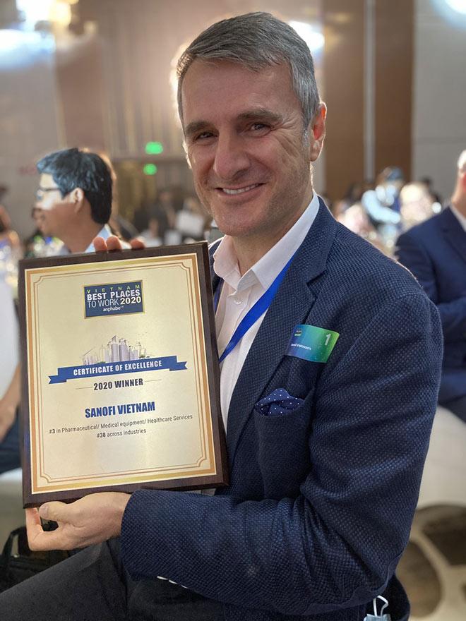 Sanofi Việt Nam tăng 10 hạng, lần thứ 6 liên tiếp được vinh danh trong Top 100 Nơi làm việc tốt nhất Việt Nam - 1