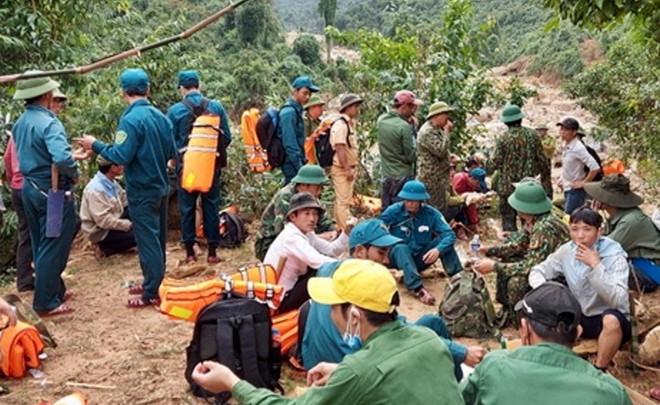 Tìm thấy toàn bộ 4 thi thể vụ sạt lở núi vùi lán phu trầm ở Quảng Bình - 1