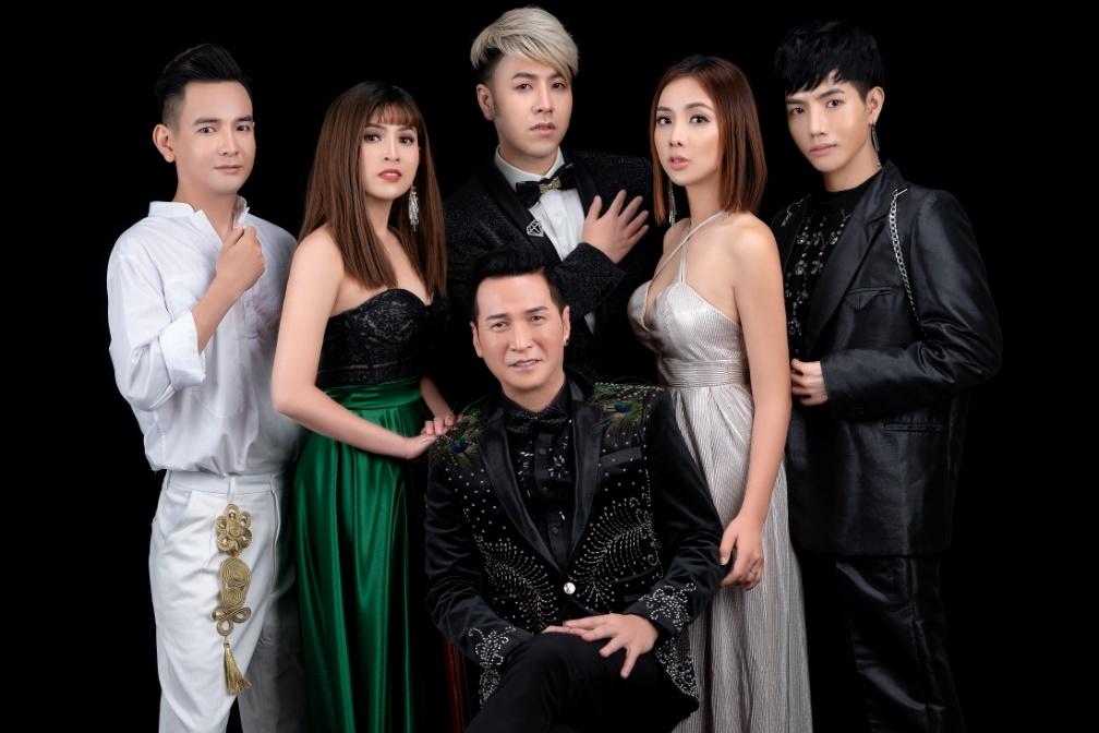 Danh ca hải ngoại Nguyễn Hưng làm điều đặc biệt cho miền Trung - 1