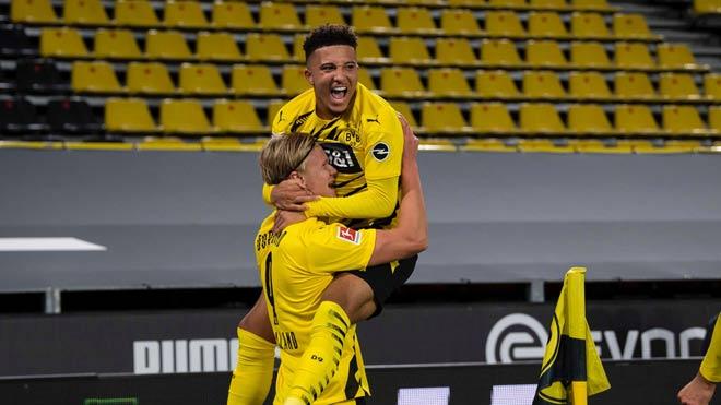 Video highlight trận Dortmund - Schalke: Haaland rực sáng, bắt kịp Bayern Munich - 1