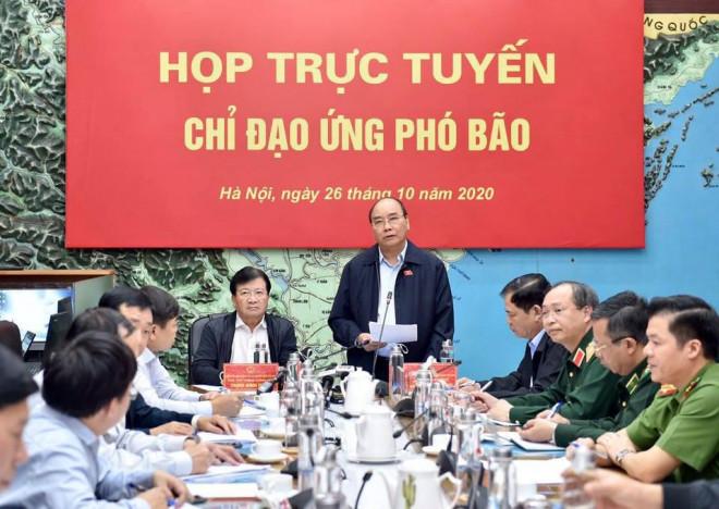 Thủ tướng chủ trì họp ứng phó bão số 9 giật cấp 15, gây mưa đặc biệt to hướng vào Đà Nẵng - Phú Yên - 1
