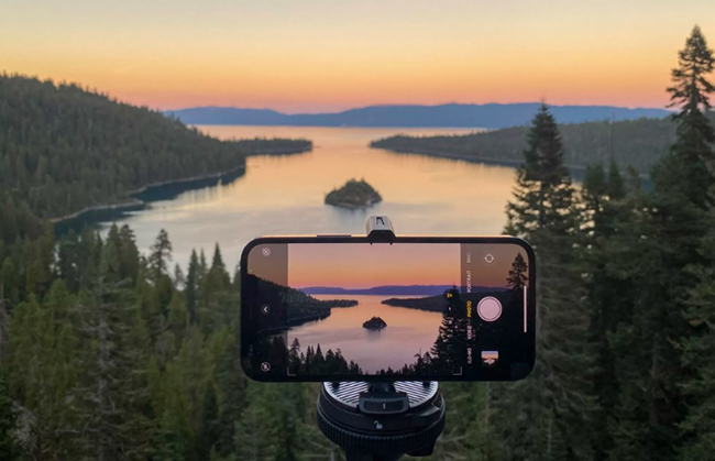 Hoàng hôn, bình minh, những khung cảnh rộng lớn và làn nước xanh như ngọc đã được ghi lại, thể hiện bước tiến nhiếp ảnh trong ngành di động của iPhone 12 Pro.