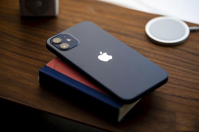 Mưu đồ với iPhone mới, Apple liền hưởng trái ngọt - 1