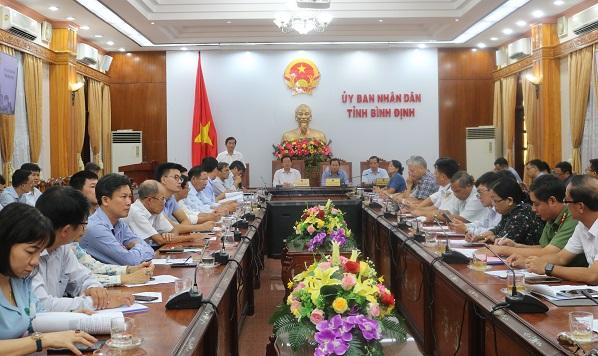 Bão số 9 giật cấp 16: Bình Định cho học sinh nghỉ học từ chiều mai - 1
