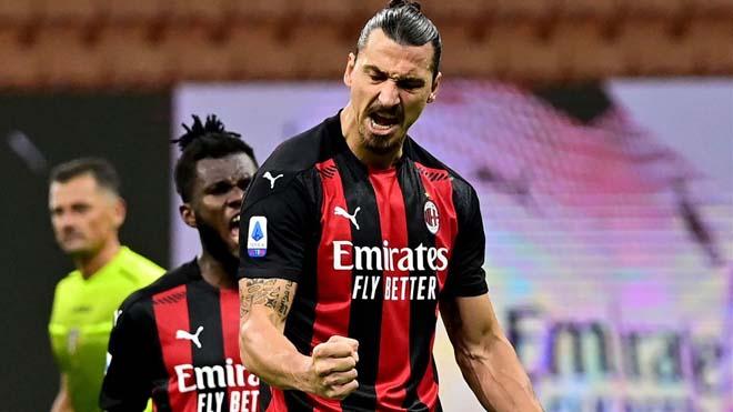 """Choáng váng Ibrahimovic ghi bàn như """"súng máy"""": 39 tuổi lập công gấp đôi Ronaldo - 1"""