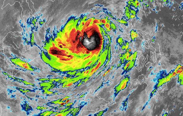 Truyền thông thế giới viết về bão số 9 đang hướng vào Việt Nam - 1