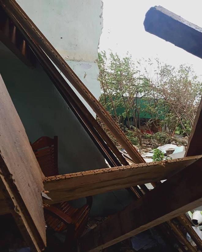 Quảng Ngãi: Cảnh tan hoang ở huyện đảo Lý Sơn sau khi bão số 9 càn quét - 6