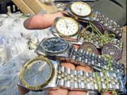 Sự thực chuyện đồng hồ cao cấp giảm giá tới 90% những ngày vừa qua