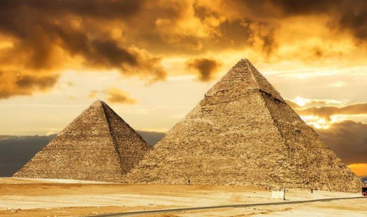 """Ai Cập: Tiết lộ điều gây """"sửng sốt"""" về bộ xương thầy pháp hoàng gia 4.500 năm - 1"""