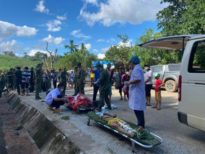 Liên tiếp 3 vụ sạt lở nghiêm trọng ở Quảng Nam, nhiều người chết và mất tích - 1