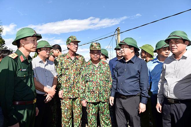 Sạt lở vùi lấp hơn 50 người ở Quảng Nam: 4 người may mắn thoát chết, có Bí thư xã Trà Leng - 1
