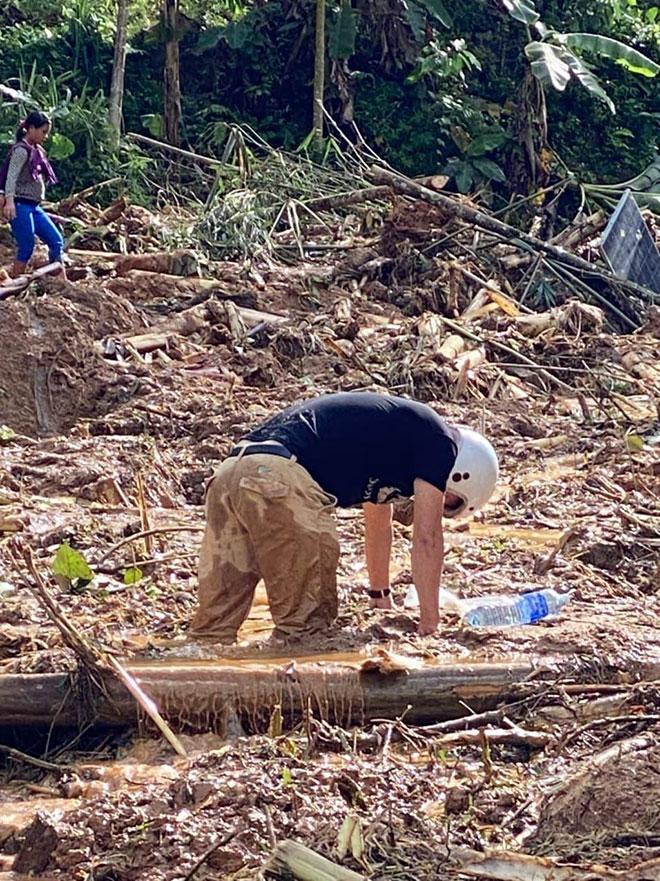Sạt lở vùi lấp hơn 50 người ở Quảng Nam: Đã tìm thấy thi thể cả 8 nạn nhân ở xã Trà Vân - 1