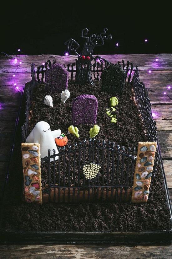 """Hà Nội: Những chiếc bánh kem """"ma quái"""" giá bạc triệu gây sốt mùa Halloween - 1"""