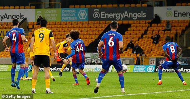 Video highlight trận Wolverhampton - Crystal Palace: Tấn công vũ bão, bay vào top 3 - 1
