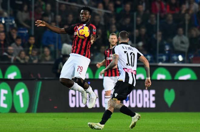 Video highlight trận Udinese - AC Milan: Ibrahimovic xuất thần, ngôi đầu chắc chắn - 1