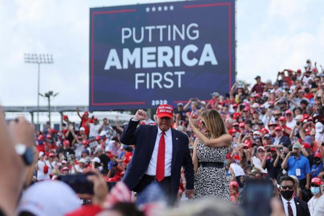 Bầu cử Mỹ: Giằng co ở bang chiến trường, Tổng thống Trump dọa kiện Pennsylvania - 1