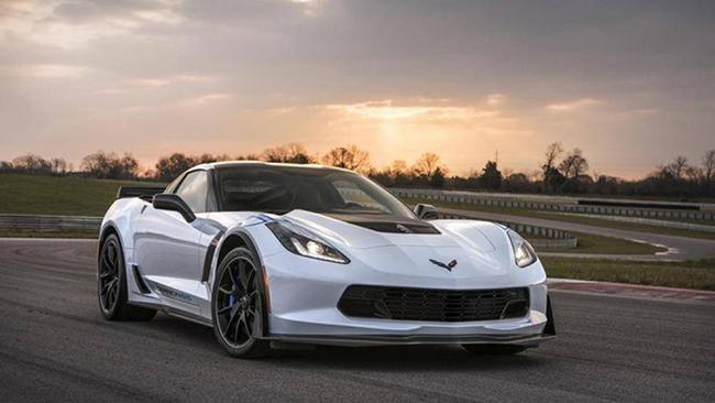 4. Chevrolet Corvette: Sau 5 năm, CarEdge dự đoán Corvette sẽ chỉ mất 33% giá trị tính đến năm 2025