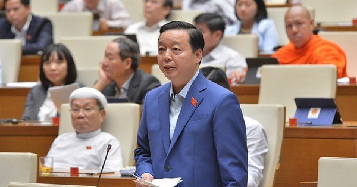 """Bộ trưởng Trần Hồng Hà: Mưa lũ lịch sử ở miền Trung là """"trời đổ nước chứ không phải mưa"""" - 1"""