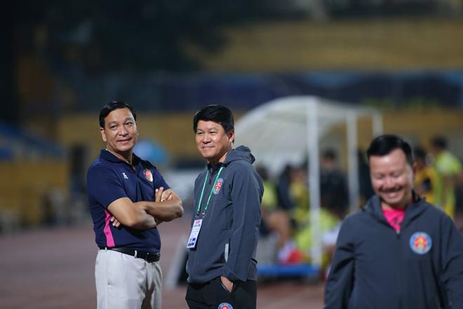 Bất ngờ HLV ca ngợi Sài Gòn FC là hiện tượng hay nhất bóng đá Việt Nam - 1