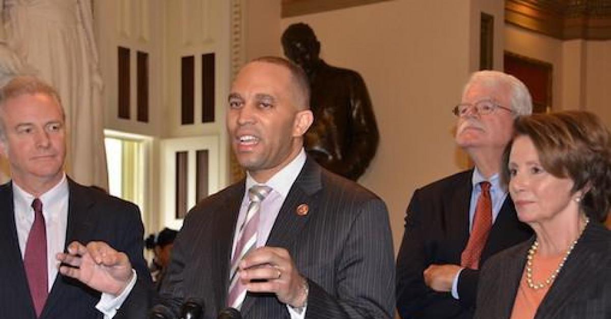 Đảng Dân chủ muốn thay Chủ tịch Hạ viện Nancy Pelosi?