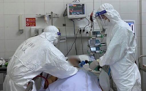 Cách ly hơn 100 người liên quan đến ca nghi nhiễm COVID-19 ở Quảng Ninh - 1