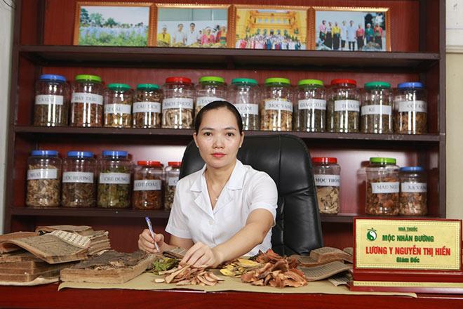 """Lương y Nguyễn Thị Hiền – """"Kho báu thuốc nam"""" của người Việt - 1"""