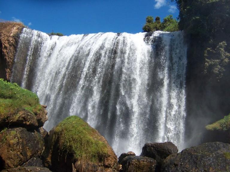 12 thác nước đẹp và nổi tiếng nhất Việt Nam - 3