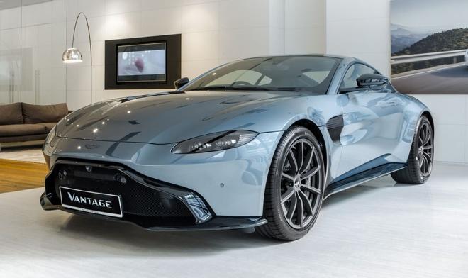 """Aston Martin Vantage có thêm phiên bản """"Hiệp sĩ Bóng Đêm"""" - 1"""