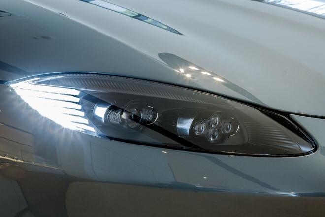 """Aston Martin Vantage có thêm phiên bản """"Hiệp sĩ Bóng Đêm"""" - 4"""