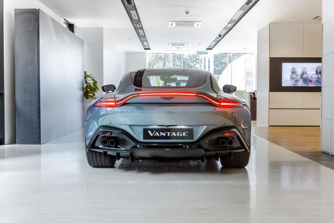 """Aston Martin Vantage có thêm phiên bản """"Hiệp sĩ Bóng Đêm"""" - 3"""