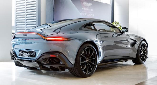"""Aston Martin Vantage có thêm phiên bản """"Hiệp sĩ Bóng Đêm"""" - 7"""