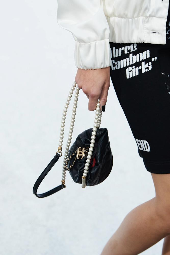 Những chiếc túi tí hon hứa hẹn vạn người mê của Chanel - 1